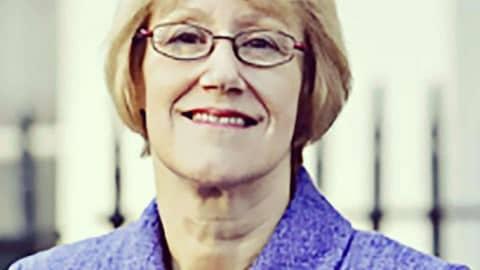 SecuriGroup Director Baroness Henig Receives Imbert Award